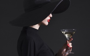 Картинка fashion, hat, drink, martini, Lips, haute couture