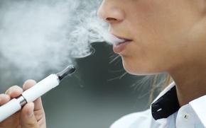 Картинка smoke, woman, electric cigarette