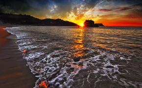 Картинка пена, закат, горы, Море