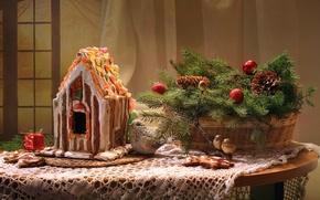Картинка ель, птички, шишки, пряничный домик, цукаты