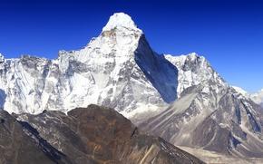 Картинка небо, снег, горы, природа, скалы, земля, обои, склоны, синее, было, Гималаи, Непал, Ама-Даблам, Ama Dablam, …