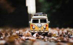 Обои mini van, autumn, road, модель, машинка
