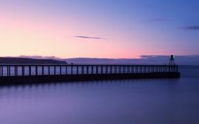 Картинка небо, облака, закат, берег, маяк, Англия, вечер, пирс, Великобритания, Северное море, Северный Йоркшир