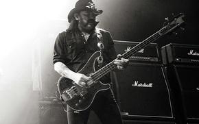 Картинка сцена, bass, чёрно-белое, концерт, rip, усилитель, lemmy, motorhead, rock n roll