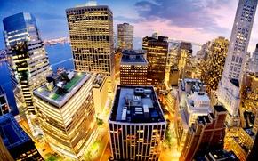 Картинка небо, облака, свет, закат, город, огни, розовый, вид, здания, высота, дома, Нью-Йорк, небоскребы, вечер, панорама, ...