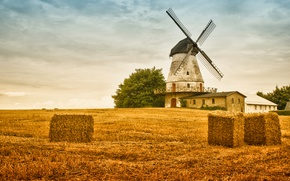 Обои небо, поле, сено, мельница, осень