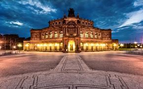 Картинка тучи, город, вечер, Германия, Дрезден, освещение, Germany, Dresden, Deutschland, Altstadt, Театральная площадь, Semperoper, Theaterplatz, опера …