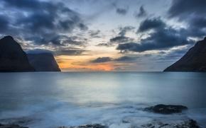 Картинка небо, облака, закат, горы, камни, океан, берег, вечер, штиль, Faroe Islands, Фарерские острова