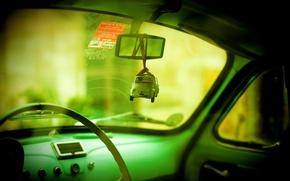 Обои авто, игрушка, зеркало, зеленый