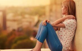 Картинка взгляд, девушка, задумчивость, фон, widescreen, обои, настроения, мысли, размытие, wallpaper, сидит, широкоформатные, background, полноэкранные, HD …