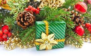 Картинка подарок, игрушки, елка, ель, ветка, Новый Год, Рождество, бусы, шишка, Christmas, New Year