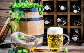 Картинка пиво, кружка, бутылки, светлое, бочонок, хмель