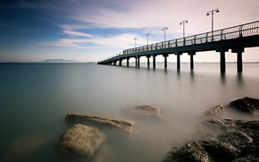 Картинка море, небо, облака, мост, камни, берег, утро, пирс, штиль, Малайзия