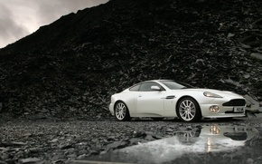 Обои Aston Martin, V12, Vanquish S, фон