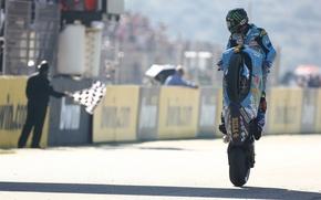 Картинка обои, гонка, спорт, мото, флаг, мотоцикл, wallpaper, гонщик, John Hopkins, на дыбы, финиш, Rizla Suzuki
