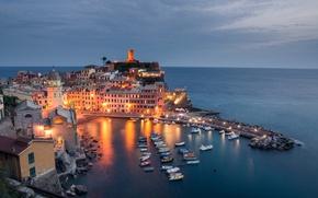 Картинка море, пейзаж, побережье, здания, бухта, лодки, Италия, Italy, Лигурийское море, Вернацца, Vernazza, Cinque Terre, Чинкве-Терре, …