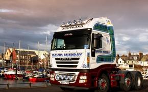 Картинка дома, лодки, причал, шотландия, truck, тягач, трак, Iveco stralis 500, skotland