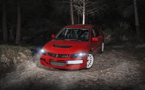 Картинка ночь, красный, перед, Mitsubishi, red, Evo, митсубиши, эволюшн
