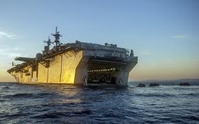Картинка оружие, армия, десант, USS Essexбamphibious assault ship