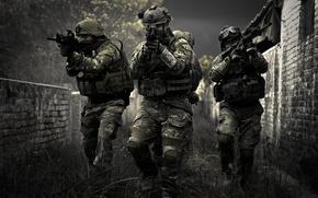 Картинка оружие, фон, цель, солдаты, экипировка
