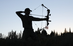 Картинка sunset, man, shadows, archery, compound bow