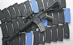 Картинка оружие, автомат, магазины, AR-15, штурмовая винтовка