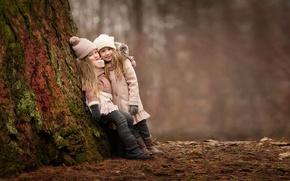 Обои лес, радость, дети, настроение, девочки, встреча, подружки
