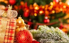 Картинка подарки, ёлка, коробки, ёлочные украшения