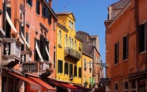 Картинка небо, дома, балкон, венеция, италия