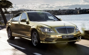 Картинка небо, Mercedes-Benz, Мерседес, золотой, седан, передок, спец.версия, S-Klasse, Festival de Cannes