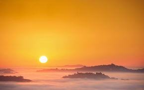 Картинка солнце, туман, восход, утро, Италия, Марке