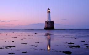 Картинка море, небо, облака, маяк, Шотландия, Великобритания, сумерки, сиреневый вечер, розовый закат