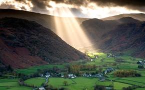 Картинка лучи, свет, горы, тучи, Англия, долина, Озёрный край