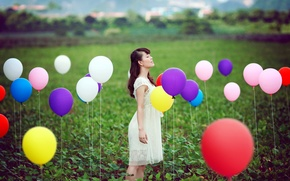 Картинка поле, девушка, шары, ситуация