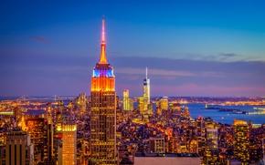 Картинка небо, облака, закат, огни, дома, вечер, панорама, нью-йорк, сша, манхэттен, Empire State Building