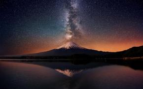 Картинка звезды, ночь, озеро, отражение, гора, вулкан, Новая Зеландия, млечный путь, Таранаки