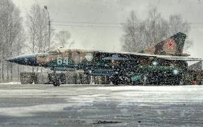 Картинка зима, истребитель, стоянка, самолёт, снегопад, миг-23