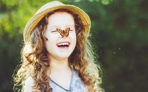 Обои бабочки, природа, дети, детство, милая, ребенок, весна, блондинка, happy, nature, красивые, butterfly, beautiful, spring, child, ...