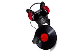 Обои пластинка, из-за угла, бульдог, выглядывает, черные, морда, наушники, белый фон, музыка, очки, диджей, винил, юмор