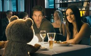 Обои Mark Wahlberg, Марк Уолберг, Третий лишний, Ted, Mila Kunis, мила Кунис, John Bennett, Lori Collins