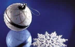 Обои новый год, рождество, шарик, отражение
