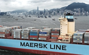 Картинка Гонконг, Суда, Maersk, Судно, Город, Пасмурно, Контейнеровоз, Maersk Line, Грузовое, Много, Контейнер
