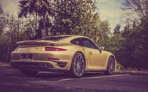 Картинка 911, Porsche, Порше, Парковка, Золотой, Суперкар, Lime, Turbo, Parking, Supercar, Gold, Лаймовый