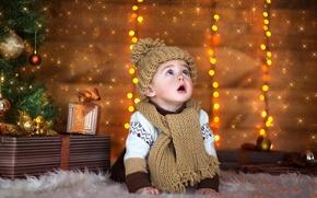 Обои ребенок, подарки, новый год, шапка