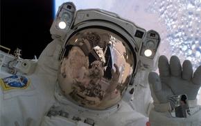 Обои космонавт скафандр орбита, космос