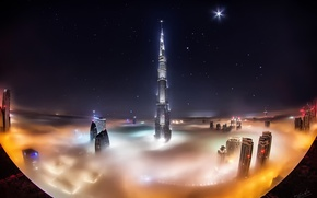 Обои звезды, облака, ночь, город, туман, Дубай, Dubai, небоскрёбы, ОАЭ, башня Бурдж-Халифа