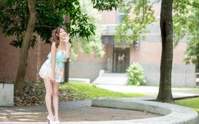 Картинка лето, взгляд, девушка, лицо, платье, ножки