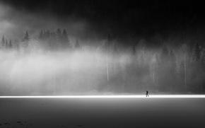 Картинка поле, туман, человек