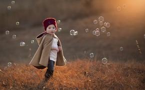 Картинка шапка, мыльные пузыри, ребёнок, боке