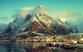 Обои облака, солнце, Норвегия, море, побережье, дома, зима, горы, снег, Лофотенские острова, Лофотен
